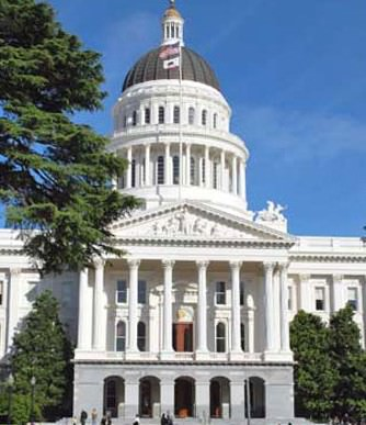 an image of the California State Capitol Building